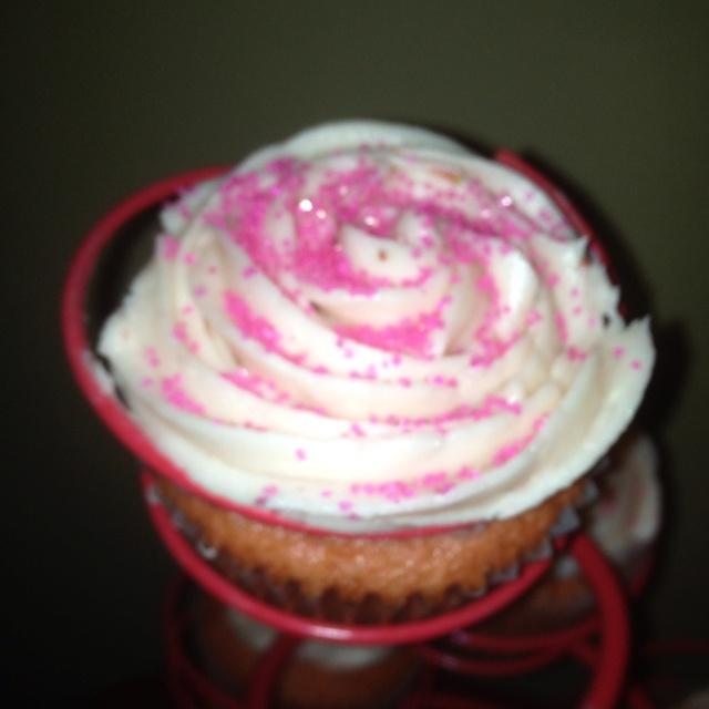 My Sprinkles strawberry cupcakes