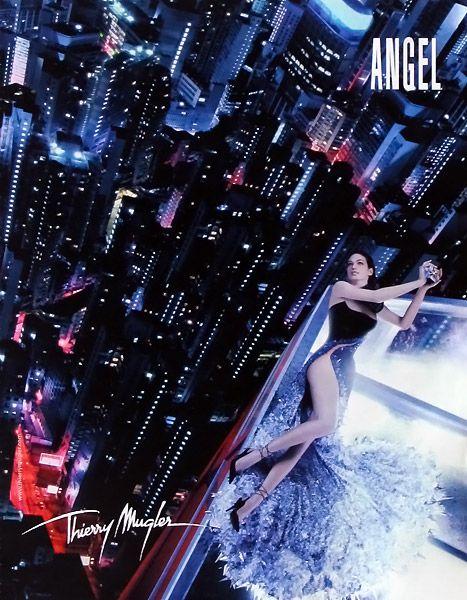 Publicité du parfum Angel