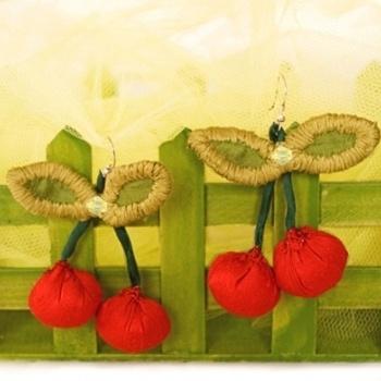 'Juicy' cherries | FRAGKISKI