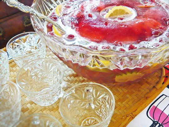 Party on a Budget: Poor Girl Champagne Punch