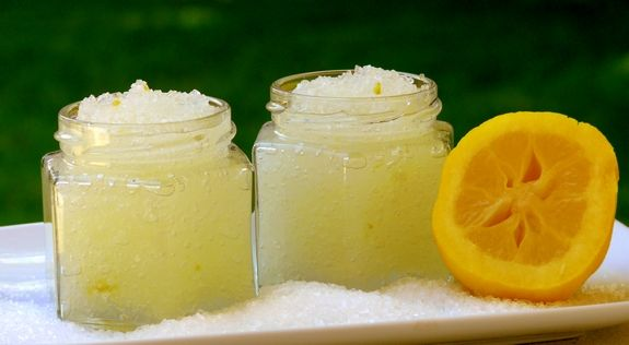 DIY simple lemon body scrub