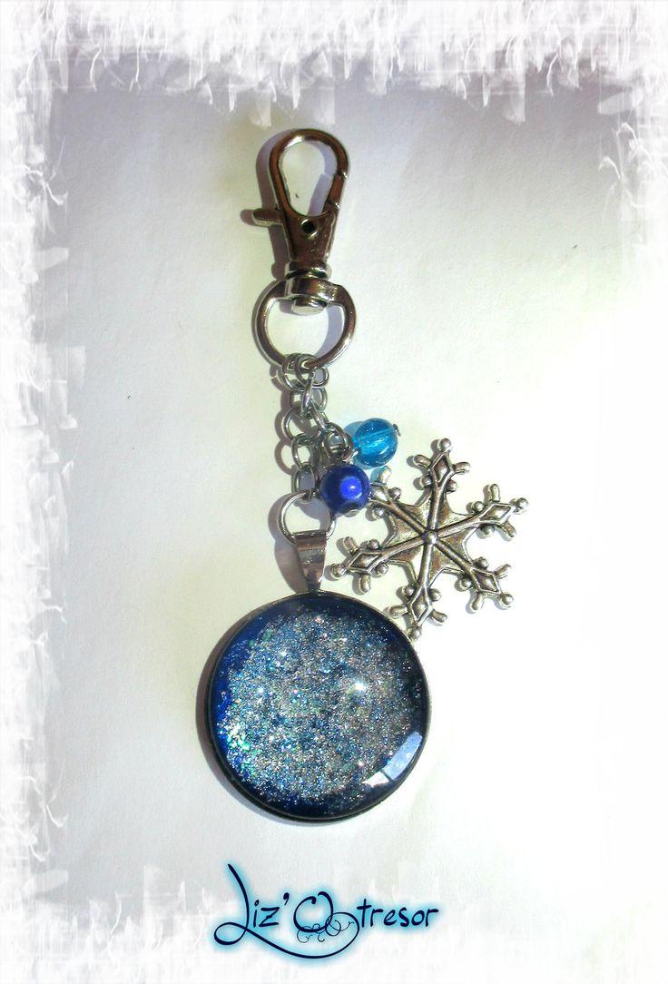 porte clés/bijoux de sac flocon de neige cabochon : Porte clés par lizotresor