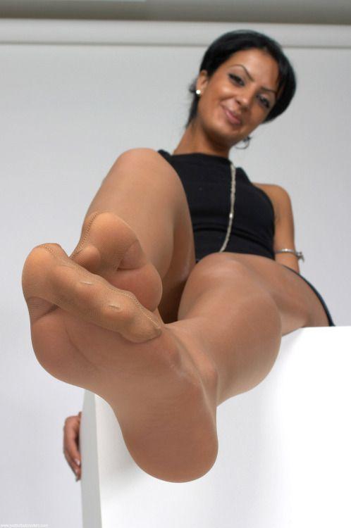 Thick busty huge boob ebony