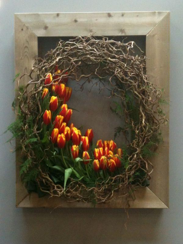 osterdeko ideen mit tulpen osterkranz basteln