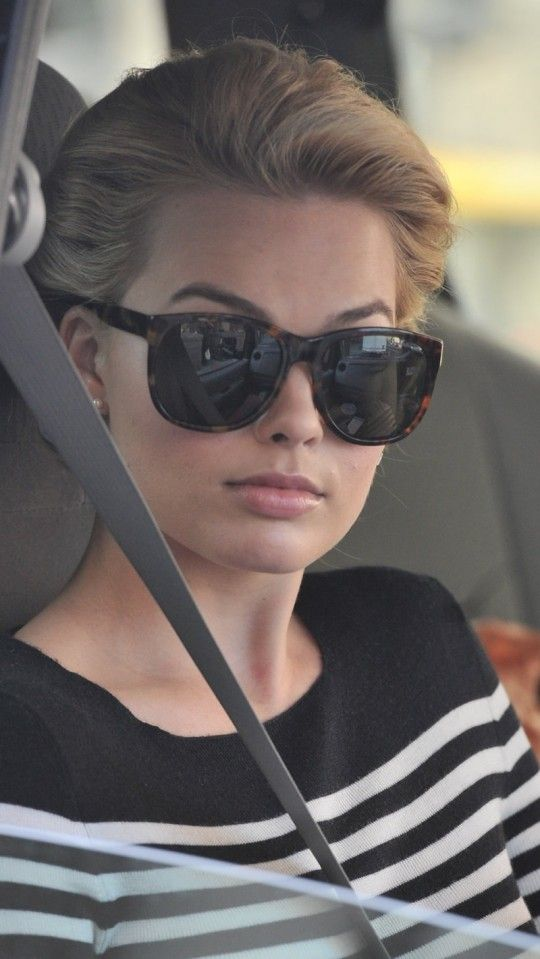 """Margot Robbie on the set of """"Pan Am."""""""