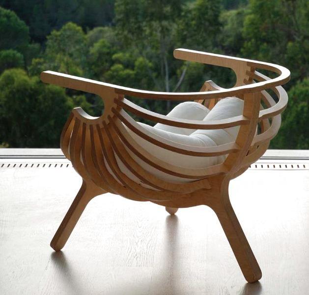 Из фанеры сегодня делают практически любые предметы интерьера — мебель, зонирующие перегородки и даже раковины с ванными. Она экологична, практична и визуально привлекательна. Сегодня мы расскажем, почему она пользуется такой популярностью https://roomble.com/publication/fanera-v-interere-preimushestva-funkcionalnost-tendencii-razvitiya-v-rossiii/