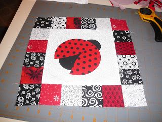 I Wonder If She Would Like A Pillow With This Lady Bug Design On It From 16 Muddy Feet Sewing Saturday