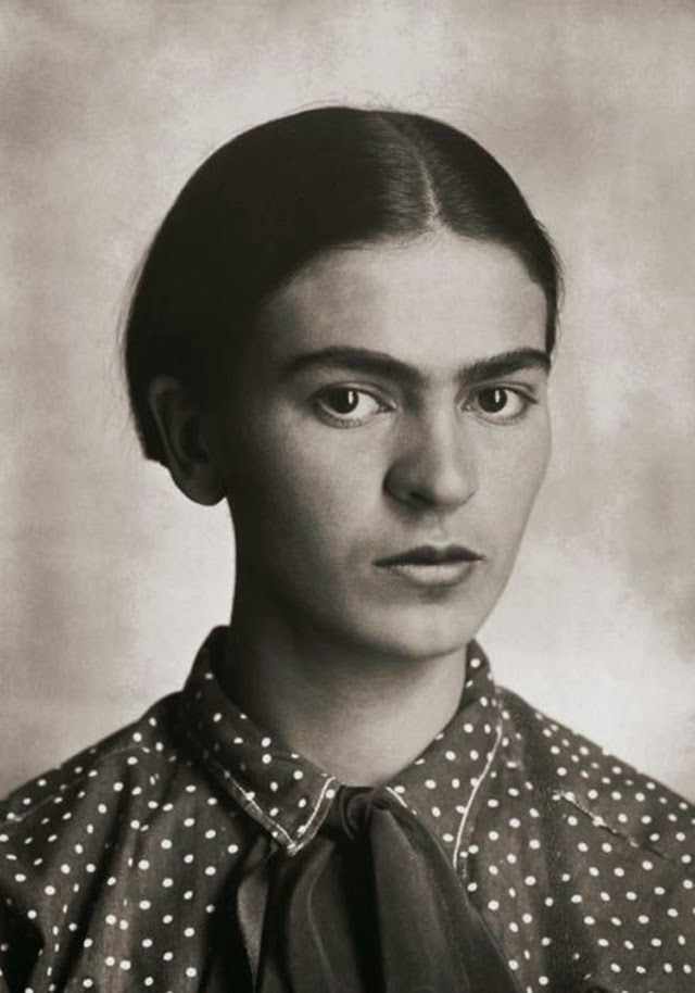 vintage everyday: Rare and Beautiful Portraits of Young Frida Kahlo by Her Father Guillermo Kahlo