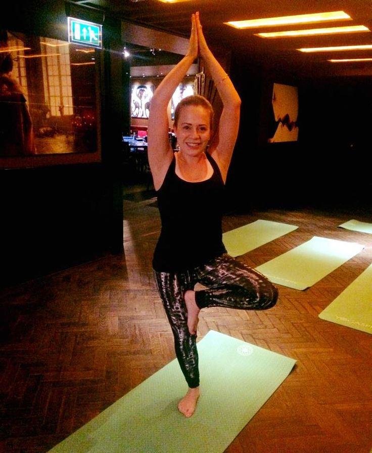 Our lovely Marketing Manager Lucy wearing her recycled polyamide Wellicious pieces at Buddha-Bar London just before yoga with Yogasphere and Vita Coco Coconut Water  #wellicious #bewellicious #vitacoco #yoga #brunch #london