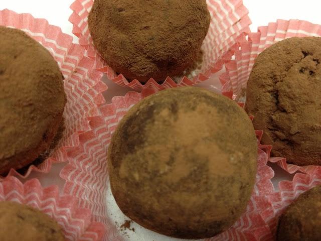 Tartufini cuor di biscotto con anima croccante