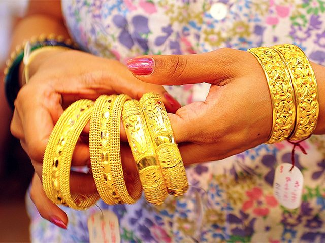 Gold Price Chart Find all the latest gold rate chart and news - Economic Times