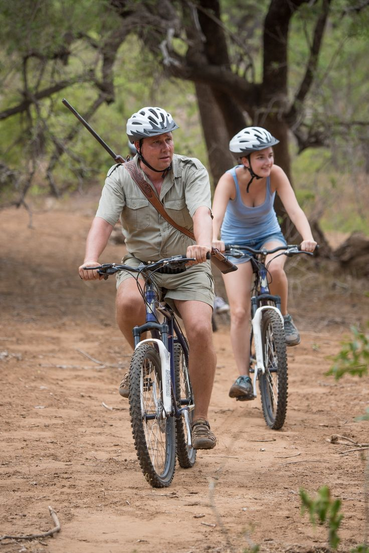 Mountainbike tour in the wild: don't be surprised if you come across some wild animals! #SefapaneMagic