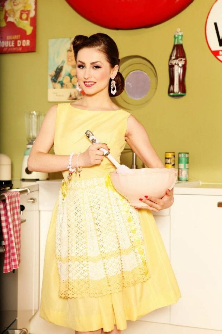 Model acid doll acid doll l pin up l model pinterest for Classic 50s housewife