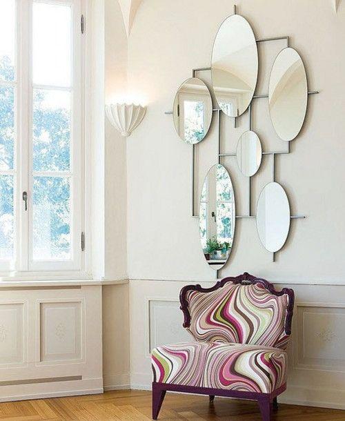 Miroirs aux formes Funky pour créer une ambiance