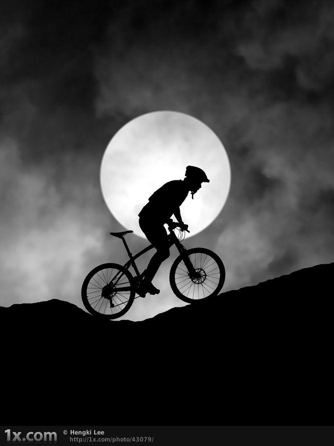 Ciclismo. Fotógrafo: Hengki Lee