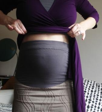 DIY maternity clothes.  Because no one should fork over that much money for clothes you're only going to wear for a couple of months.[ NineAndAHalfMonths.com ] #maternity