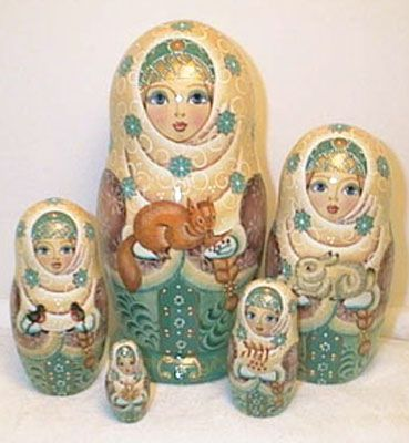 Traditional Ukraine Nesting Dolls | Rodina Russian Folk Art - Collector's Matrioshka, or Nesting Dolls