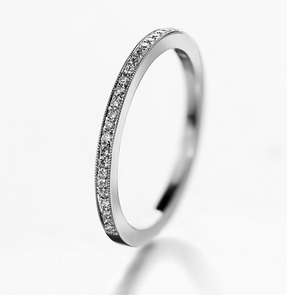 Hetkinen - thin half eternity wedding band (1,6 mm) channel set with milgrain, absolutely love it