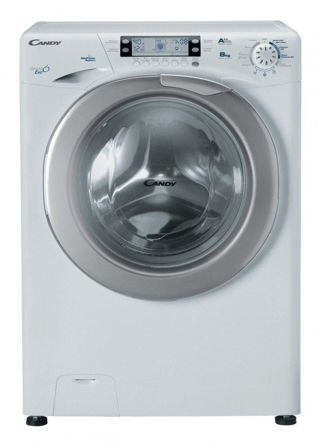 La lavatrice EV044 1284 LW Grandò EVO di Candy lava 8 kg di bucato in soli 44 cm di profondità. In classe di efficienza energetica A+++ è dotata di Mix Power System per lavare a 20 °C con gli stessi risultati di un lavaggio a 40 °C. Misura L 60 x P 44 x H 85 cm. Prezzo 599 euro. www.candy.it
