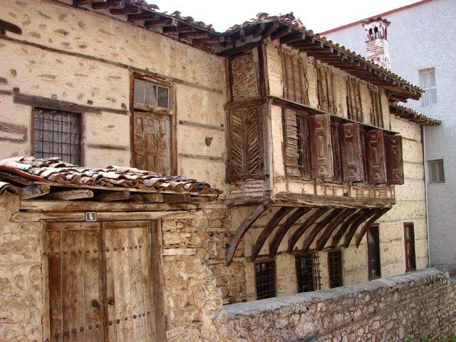 Σιάτιστα, η πόλη με τα μεγαλόπρεπα αρχοντικά του 18ου και του 19ου αιώνα. Οδοιπορικό στον χρυσό της αιώνα