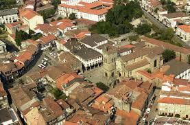 """Résultat de recherche d'images pour """"guimaraes turismo"""""""