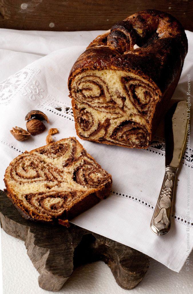 Povitica: un Pane Dolce alle Noci e Cioccolato dalla Croazia | http://www.mypaneburroemarmellata.com/2011/11/povitica-un-pane-dolce-alle-noci-e.html