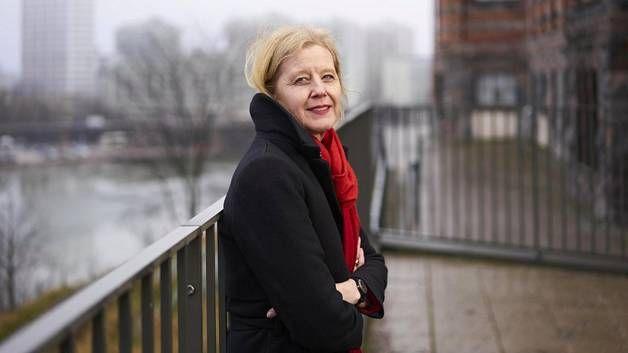 Katariina Salmela-Aro jatkaisi oppivelvollisuutta täysi-ikäisyyteen saakka.
