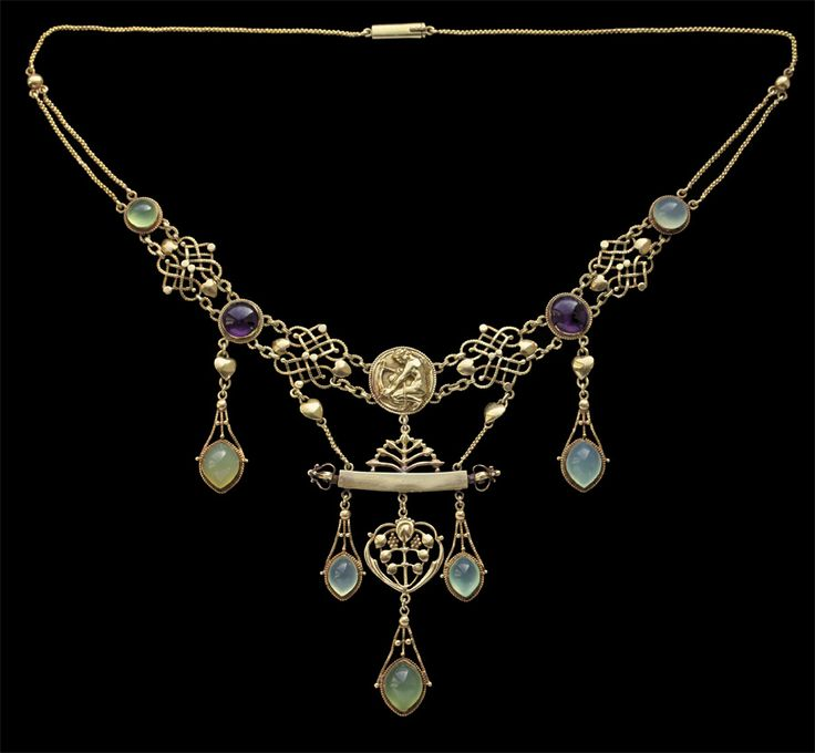 This is not contemporary - image from a gallery of vintage and/or antique objects. HENRY WILSON 1864-1934  The Apollo Necklace  Gold Chalcedony Amethyst