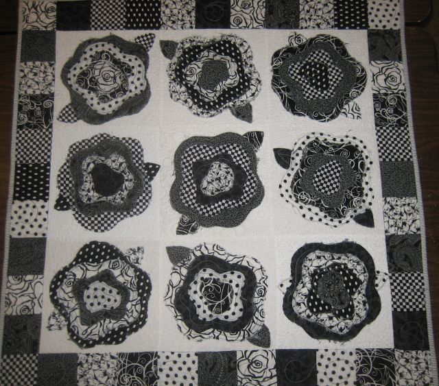 13 Best Rose Quilts Images On Pinterest Quilt Patterns Bedspread