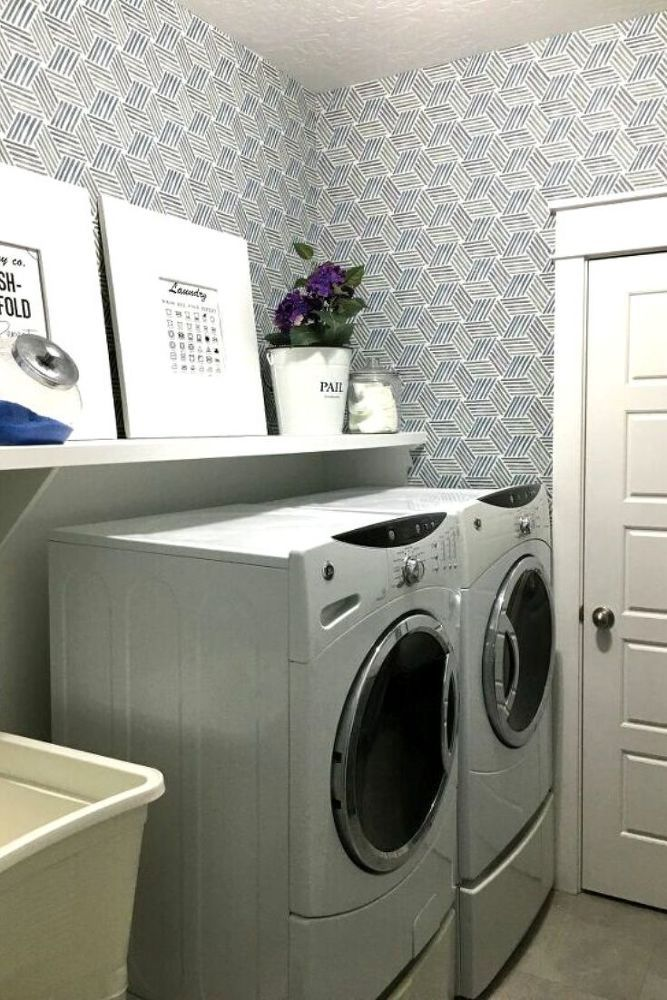 Easy Diy Laundry Room Before And After Idea In 2020 Laundry Room