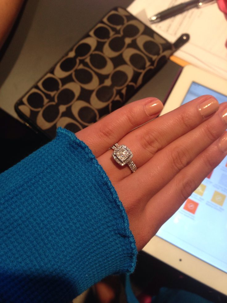 Zales engagement ring- 1 karat with one of two Wedding Bands- GORGEOUS!