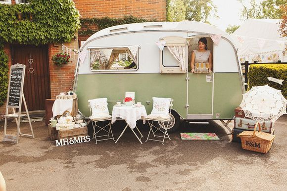 Wedding day caravan hire - serve champagne carry on camping style via http://www.vintageglamourdays.co.uk/