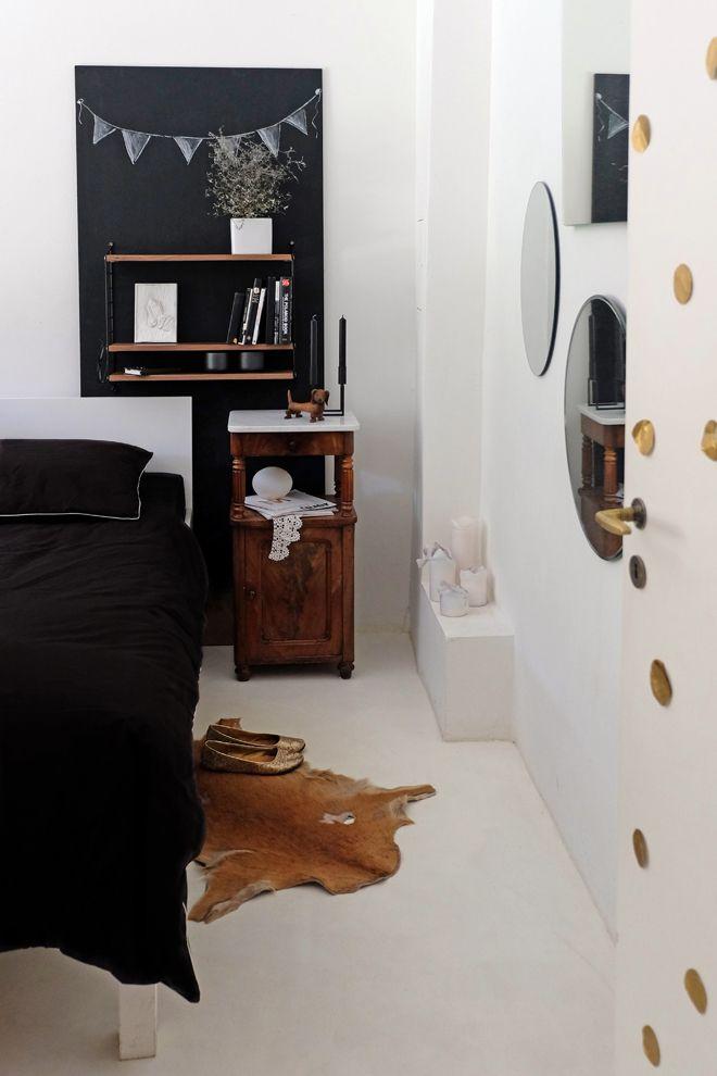 Die besten 25 goldene punkte wand ideen auf pinterest for Spiegelwand schlafzimmer
