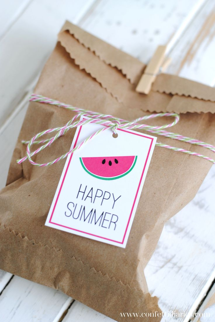 Happy Summer Favor Bags and Free Printable Summer Gift Tags