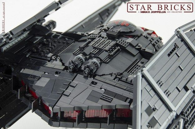 Lego Kylo Ren S Tie Silencer From The Last Jedi In Ucs Scale The Brothers Brick Lego Jedi Lego Ship Lego