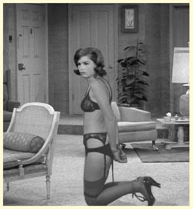 nude mary tyler more