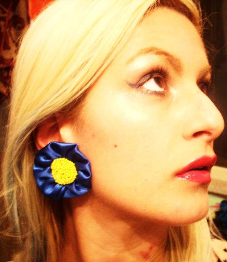 Earrings made ​​of satin, hand embroidered