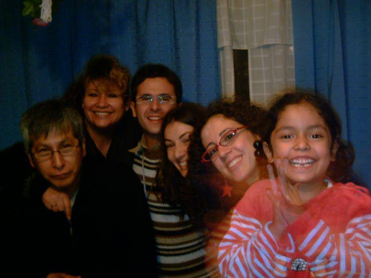 Oswaldo,Marita, David, Carmela, Noemí y Kory, cuando elaboramos el trabajo final en el Máster de Inmigración, Refugio y Relaciones internacionales.