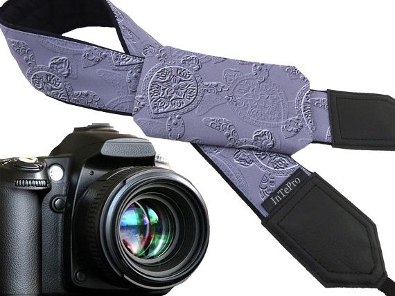 Pocket Camera strap Sea Turtles. Gray stylezed DSLR camera strap. Camera accessories. Nikon, Canon, Sony etc. camera strap. Camera straps for women and men. Gift idea!  More Animal camera straps wait you here: https://www.etsy.com/shop/InTePro?ref=hdr_shop_menu&search_query=animals  If you decide to choose another design camera strap with pocket, please take a look here: https://www.etsy.com/shop/InTePro/items?ref=hdr_shop_menu&...