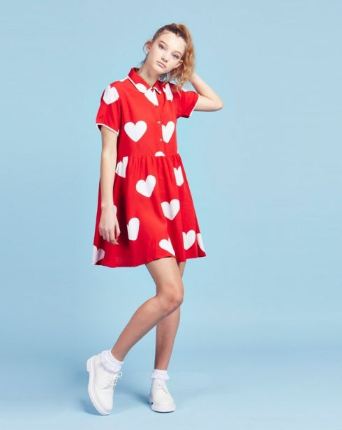 The style is adorable, I like the color a lot, and the big pattern is also very cute!