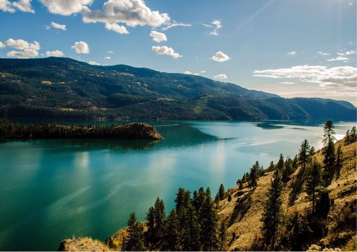 Kalamalka Lake British Columbia [1600x1131]