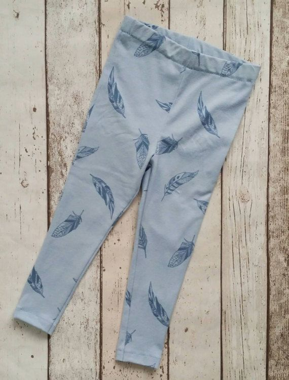 Check out this item in my Etsy shop https://www.etsy.com/uk/listing/514927027/girls-leggings-feathers-blue-leggings
