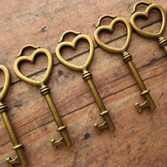 100 bronze vintage style heart keys for weddings, partys, anything 5.6cm by Keyedin on Etsy