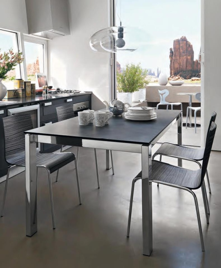 Aggiungi un posto a tavola con #Calligaris