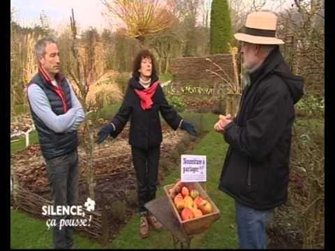 Stéphane Marie et Noëlle Bréham ont invité François Rouillay à présenter les Incroyables Comestibles dans le beau jardin potager de lémission Silence ça pousse.