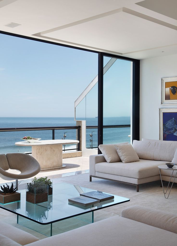 Coastal modern #design beauty; relaxation is in order.