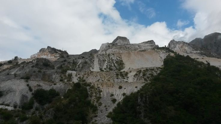 Time to turn back and walk up to the mountains to get marble and food!!!...Strange connection!!  #ohmyguide #travel #liguria #italy #italian #colonnata #marble #carrara #italian #walkingtour