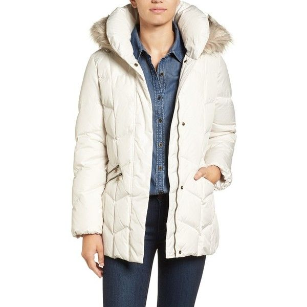 Women's Larry Levine Quilted Coat With Faux Fur Trim ($100) ❤ liked on Polyvore featuring outerwear, coats, ivory, white winter coat, larry levine coats, insulated coat, larry levine and quilted coat