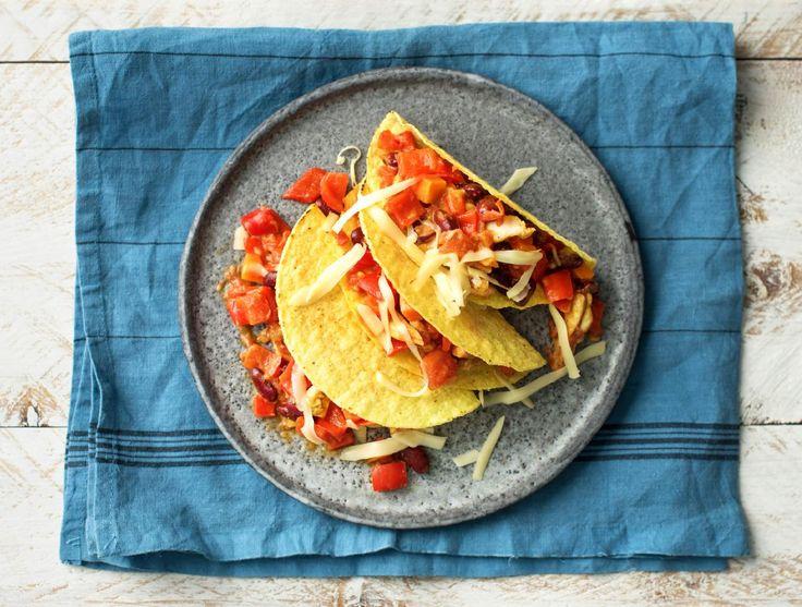 Tacoschotel met Mexicaanse kippendijstukjes en cheddar  Recept   HelloFresh