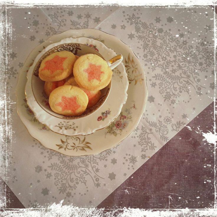 Butterplätzchen Stern Pink  Rezept auf meinem Blog www.misssweetheartsbakery.wordpress.com